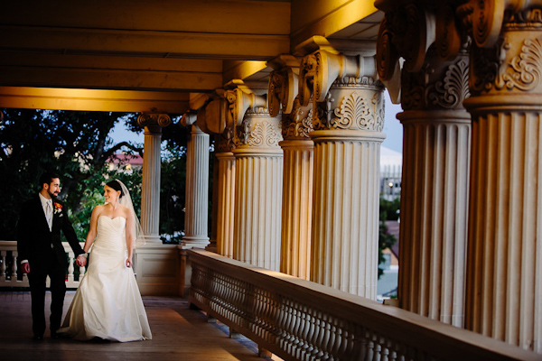 fall wedding at Hotel Ella in Austin, Texas with photos by Caroline + Ben Photography | via junebugweddings.com (31)