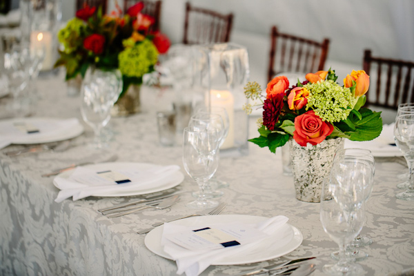 fall wedding at Hotel Ella in Austin, Texas with photos by Caroline + Ben Photography | via junebugweddings.com (8)