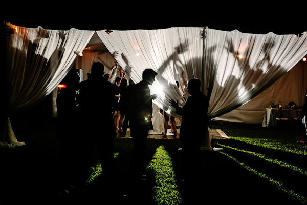 fall wedding at Hotel Ella in Austin, Texas with photos by Caroline + Ben Photography | via junebugweddings.com (1)