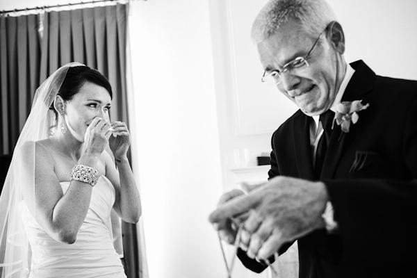 fall wedding at Hotel Ella in Austin, Texas with photos by Caroline + Ben Photography | via junebugweddings.com (24)