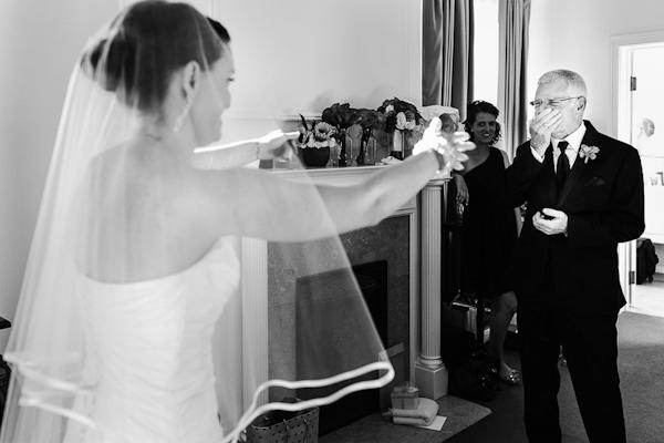 fall wedding at Hotel Ella in Austin, Texas with photos by Caroline + Ben Photography | via junebugweddings.com (23)