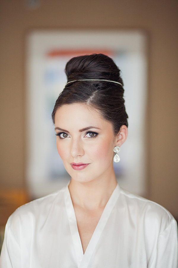 how to achieve a timeless classic bridal party look, photo by Sachin Khona | via junebugweddings.com
