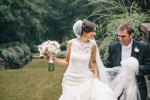 classic southern wedding in Atlanta, photo by Vue Photography | via junebugweddings.com (13)