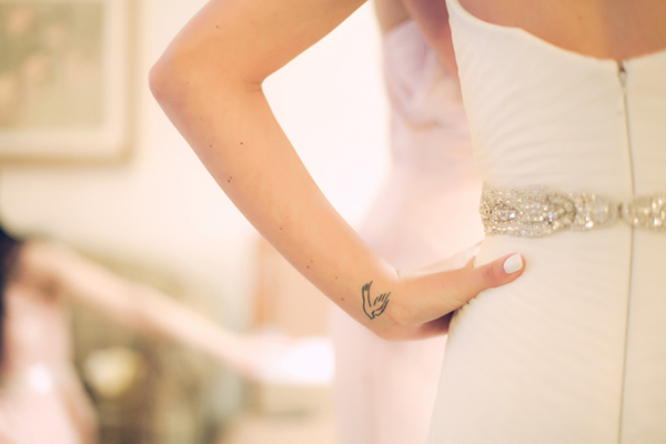 Timeless Ethereal Bridal Style, photo by LindseyK Photography | via Junebugweddings.com