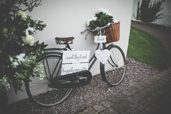 homemade wedding on the coast of Ireland, photo by Savo Photography