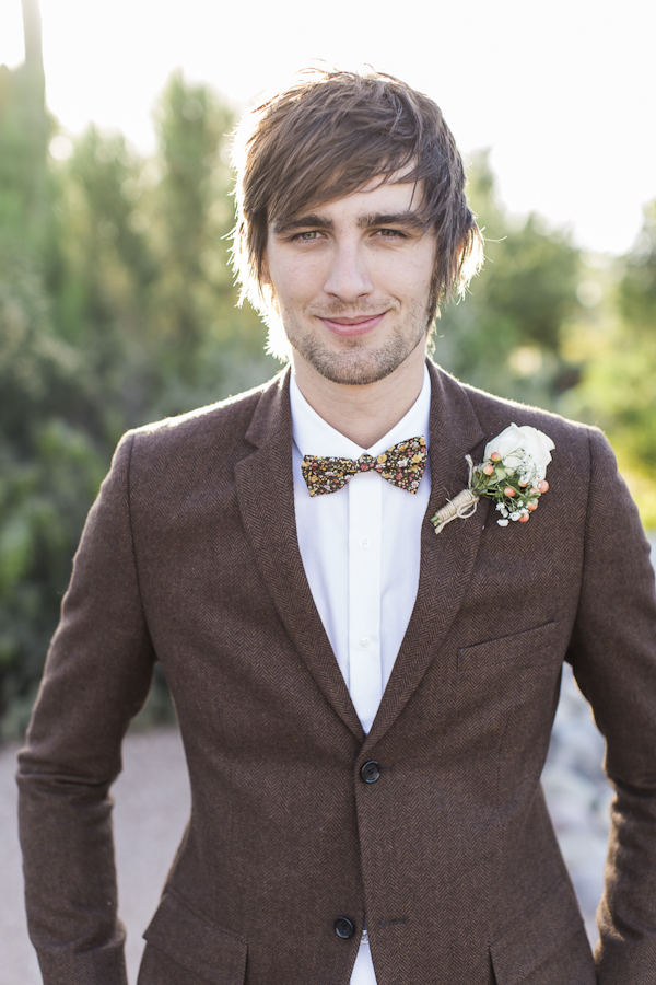 groom's tweed suit from Topman, photo by Rachel Solomon | via junebugweddings.com