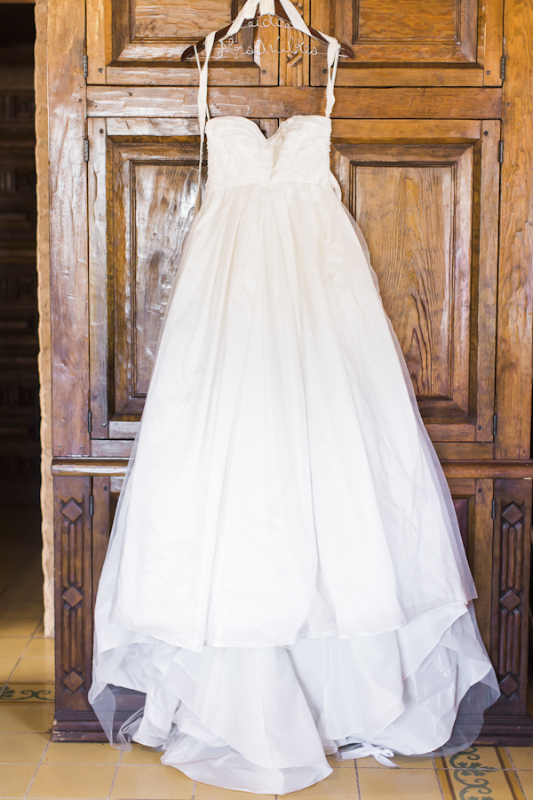 rustic wedding dress by Vera Wang, photo by Rachel Solomon | via junebugweddings.com