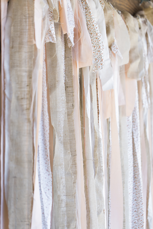 rustic wedding decor, photo by Rachel Solomon | via junebugweddings.com