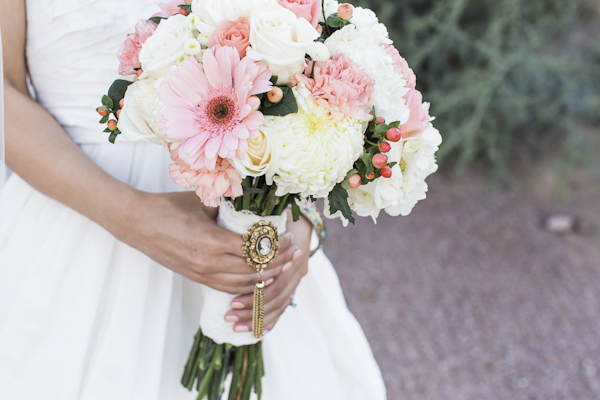 rustic bridal bouquet, photo by Rachel Solomon | via junebugweddings.com