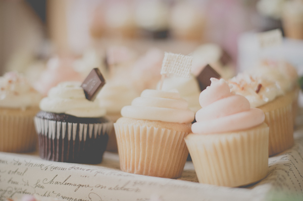 wedding cupcakes by Sweet City Cupcakes, photo by Still55 Photography | via junebugweddings.com