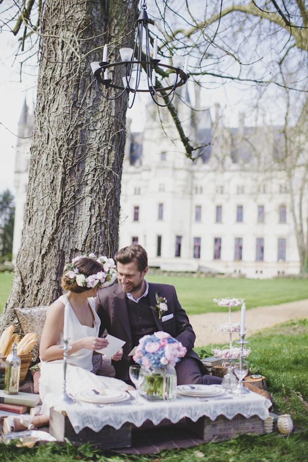 Parisian elopement inspiration photo shoot at the Château de Challain, photo by Cat Hepple Photography   via junebugweddings.com