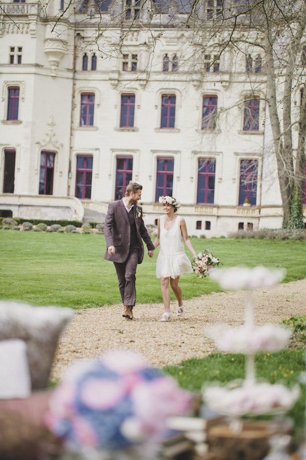 Parisian elopement inspiration photo shoot at the Château de Challain, photo by Cat Hepple Photography | via junebugweddings.com