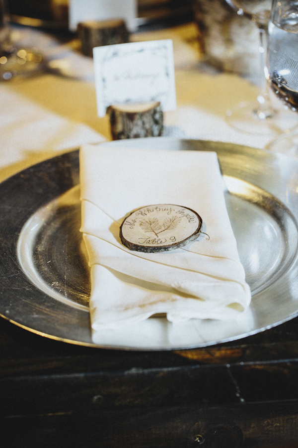 rustic wedding at The Old Edwards Inn, photo by Jonathan Connolly Photography | via junebugweddings.com (9)