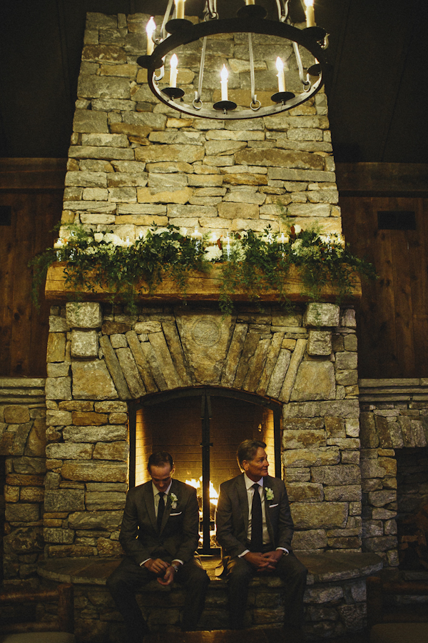 rustic wedding at The Old Edwards Inn, photo by Jonathan Connolly Photography | via junebugweddings.com (6)