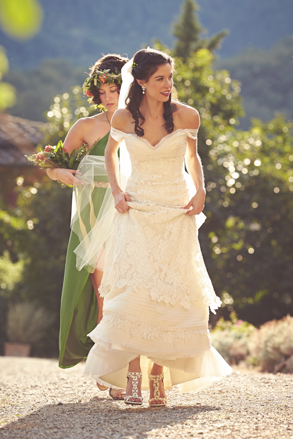 stunning-tuscan-destination-wedding-with-photography-by-jules-bower-15
