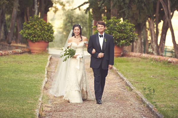 stunning-tuscan-destination-wedding-with-photography-by-jules-bower-16