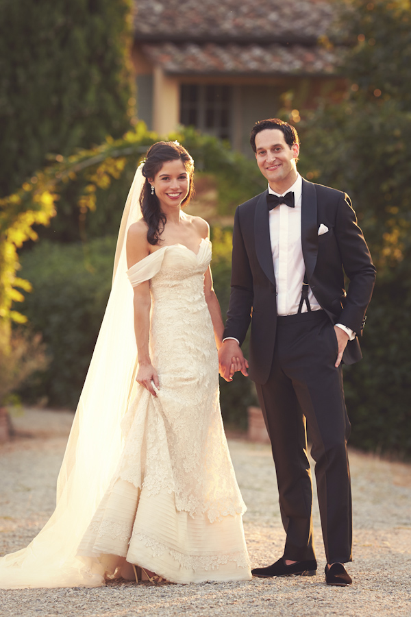 stunning-tuscan-destination-wedding-with-photography-by-jules-bower-25