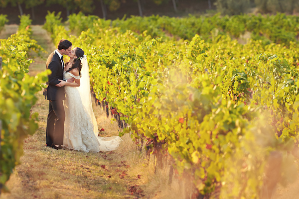 stunning-tuscan-destination-wedding-with-photography-by-jules-bower-30