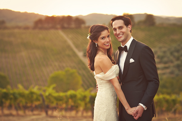 stunning-tuscan-destination-wedding-with-photography-by-jules-bower-34