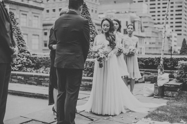 stunning NYC rooftop vows