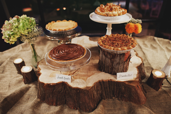 tree stump wedding dessert idea