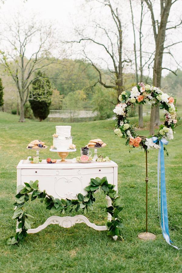 outdoor wedding dessert ideas