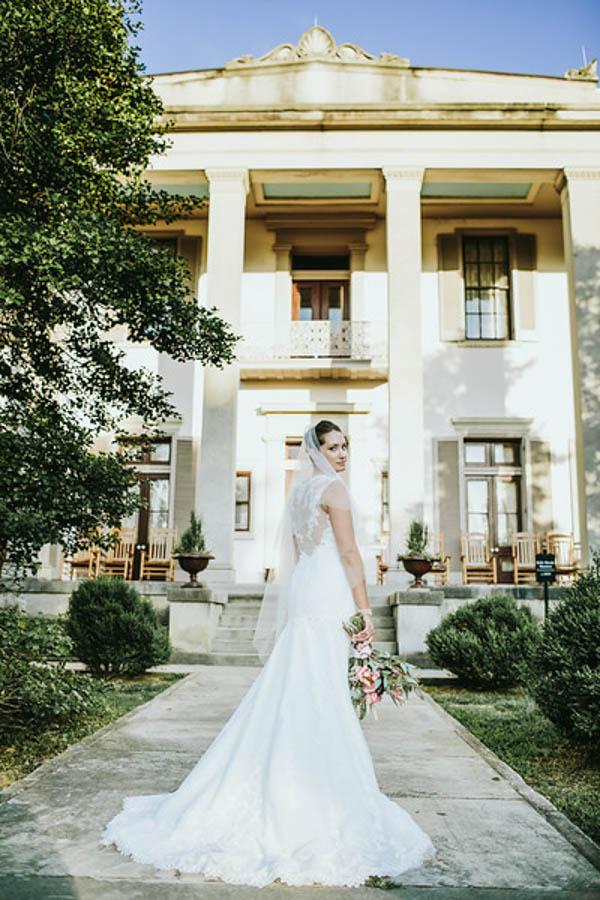 vintage Southern garden wedding bridal portrait, photo by Streetlight Republic | via junebugweddings.com