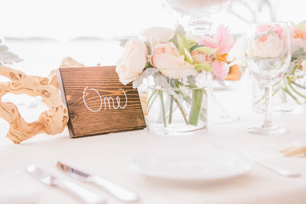 intimate beach wedding rustic chic table decor, photo by Chris Glenn | via junebugweddings.com