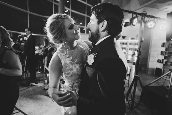 sweet couple's first dance