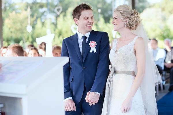 sweet farm wedding ceremony