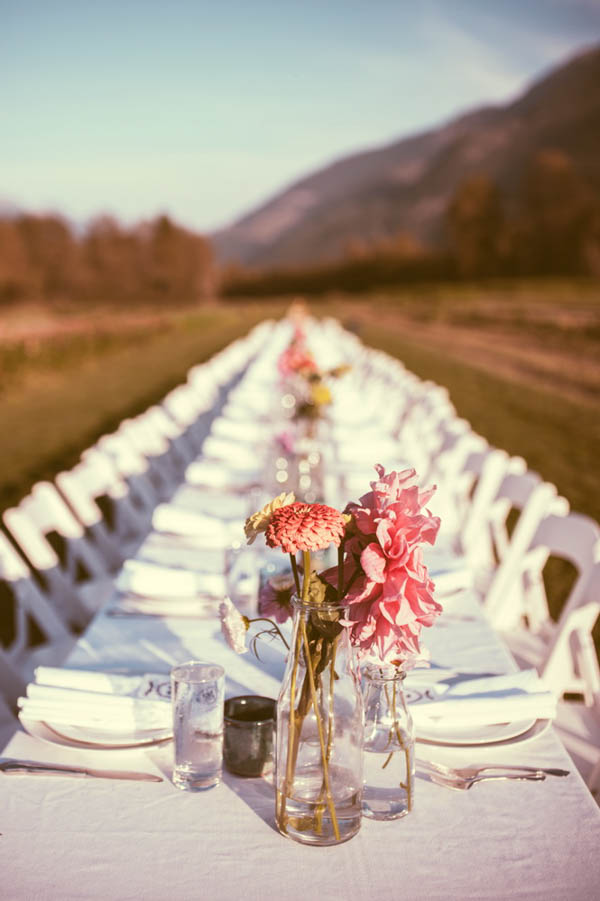 elegant and simple long tablescape