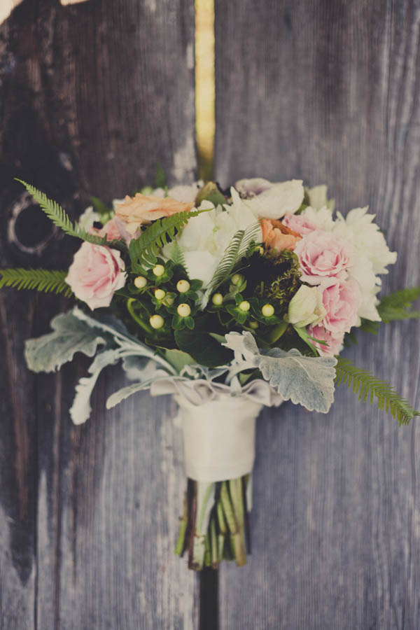 romantic light pink, ivory, and orange bouquet