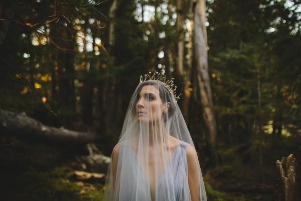Beautifully-dark-styled-shoot-Kym-Ventola-Photography-Junebug-Weddings-1