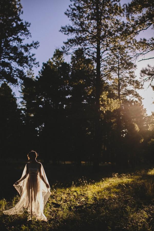 Beautifully-dark-styled-shoot-Kym-Ventola-Photography-Junebug-Weddings-10