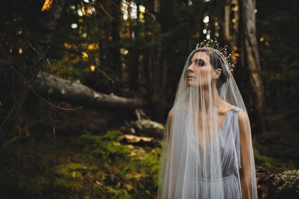 Beautifully-dark-styled-shoot-Kym-Ventola-Photography-Junebug-Weddings-13