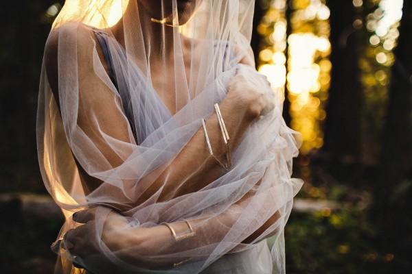 Beautifully-dark-styled-shoot-Kym-Ventola-Photography-Junebug-Weddings-14
