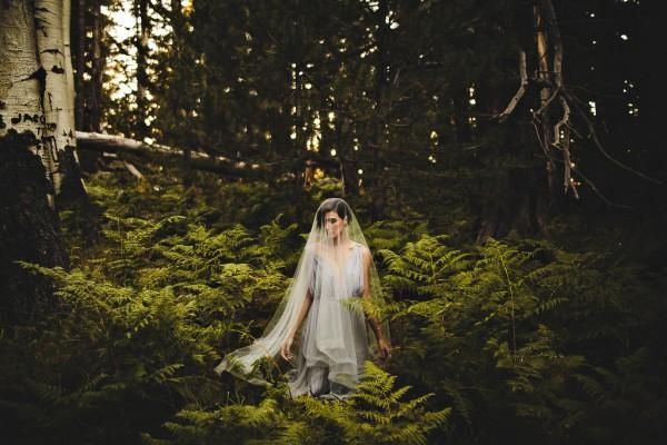 Beautifully-dark-styled-shoot-Kym-Ventola-Photography-Junebug-Weddings-15