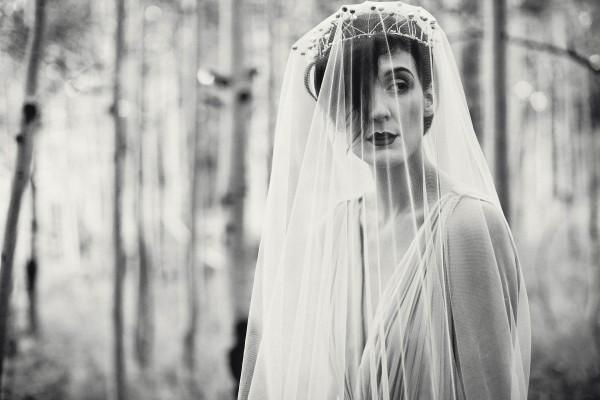 Beautifully-dark-styled-shoot-Kym-Ventola-Photography-Junebug-Weddings-19