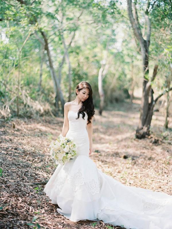 Fe-and-Frances-Angga-Permana-Photo-Junebug-Weddings-18