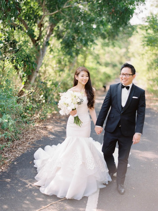 Fe-and-Frances-Angga-Permana-Photo-Junebug-Weddings-28