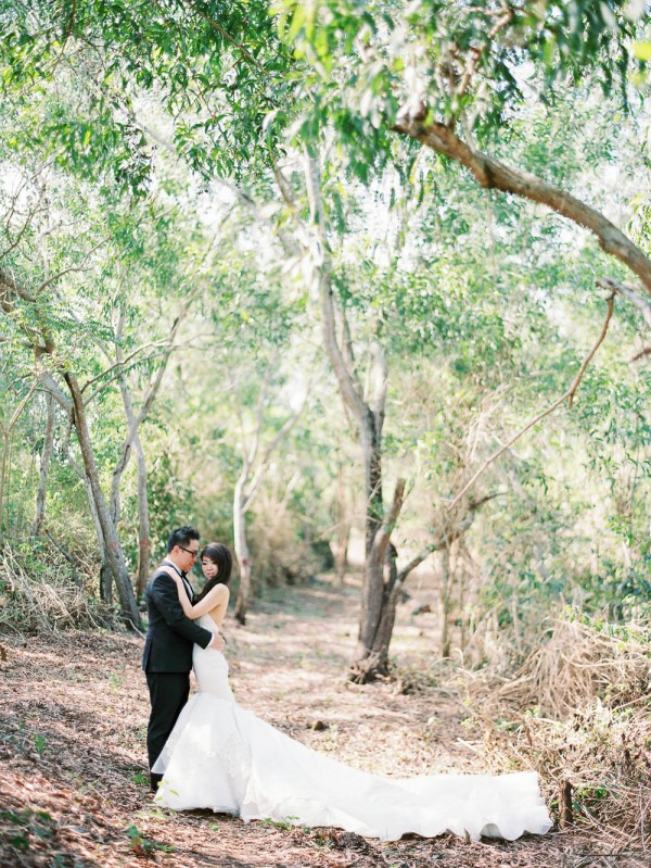 Fe-and-Frances-Angga-Permana-Photo-Junebug-Weddings-30