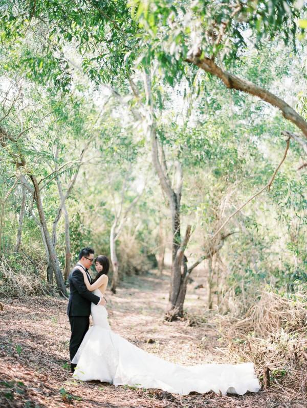 Fe-and-Frances-Angga-Permana-Photo-Junebug-Weddings-30