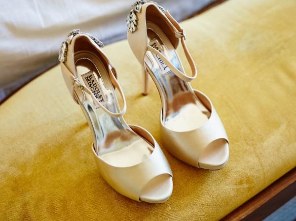 Jeanie-and-Jesoo-Coba-Images-Junebug-Weddings-12