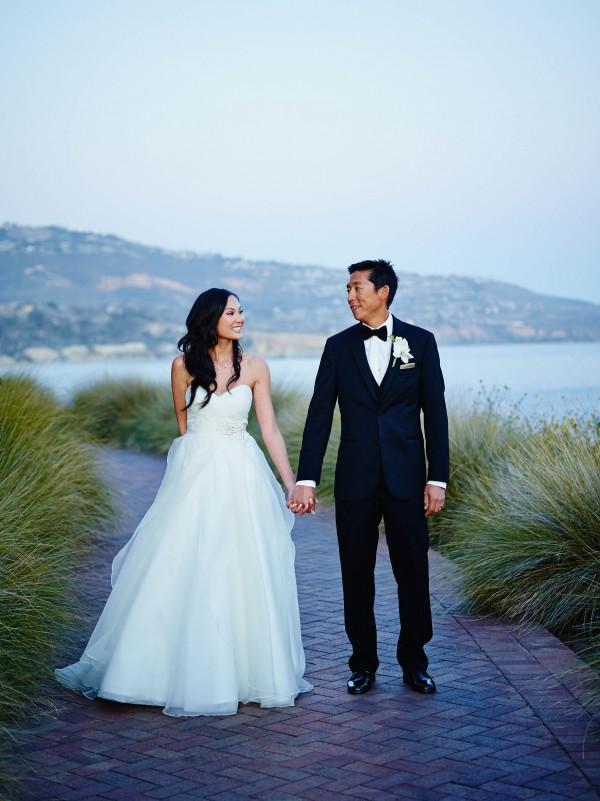 Jeanie-and-Jesoo-Coba-Images-Junebug-Weddings-8