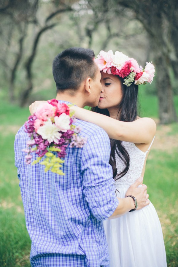 Megan-and-Travis-Engagement-Shoot-Poppy-and-Blush-Junebug-Weddings-10