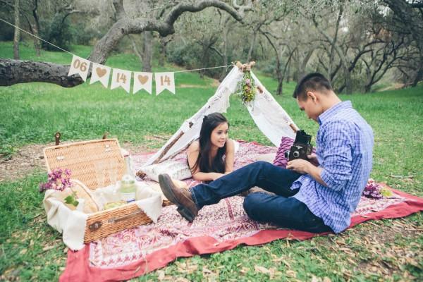 Megan-and-Travis-Engagement-Shoot-Poppy-and-Blush-Junebug-Weddings-19