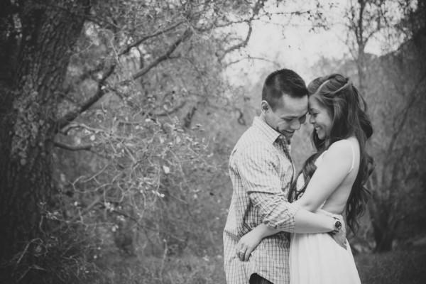 Megan-and-Travis-Engagement-Shoot-Poppy-and-Blush-Junebug-Weddings-5