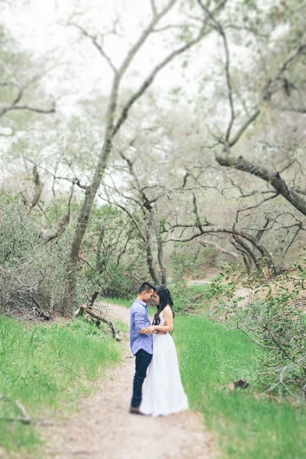 Megan-and-Travis-Engagement-Shoot-Poppy-and-Blush-Junebug-Weddings-7