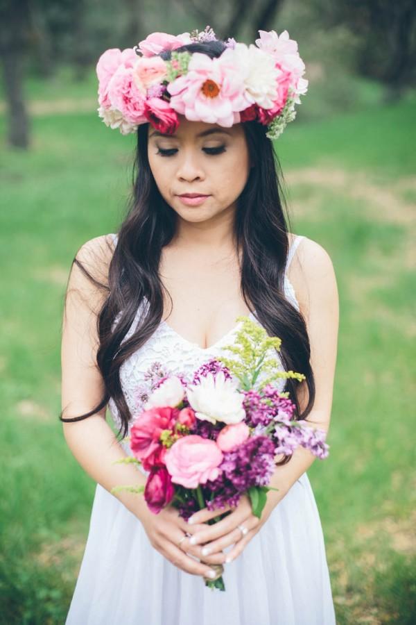 Megan-and-Travis-Engagement-Shoot-Poppy-and-Blush-Junebug-Weddings-8
