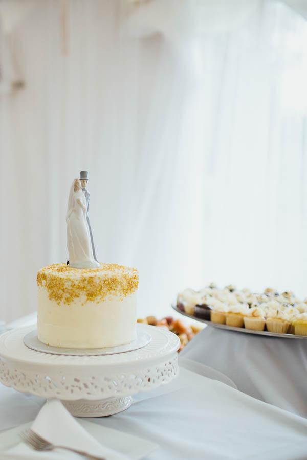 ivory dessert table